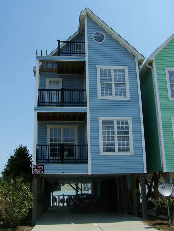 Blue Dolphin - 6 Bedroom, Private Pool, Elevator, 3 flrs, DirecTv - Surfside Beach - rentals