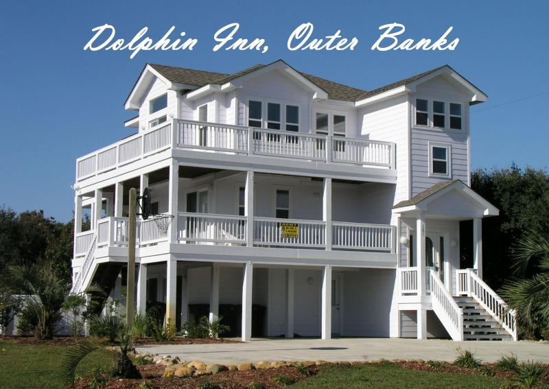 Dolphin Inn: 7 Bedrooms, Pool, Hot Tub, 1 1/2 blocks to beach, 1 mi. to Duck - Dolphin Inn-7BR, Pool, Pirate Ship, Golf, Gym, Tennis.  Pet Friendly :) - Southern Shores - rentals
