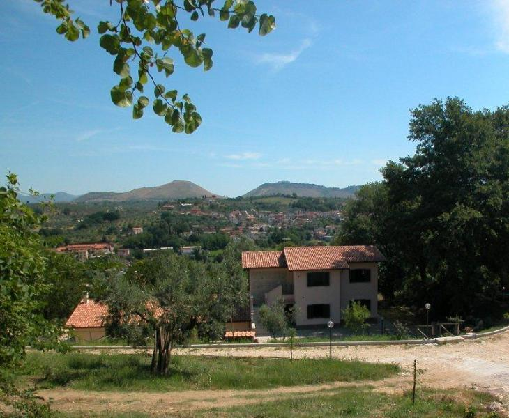 Overview of the Farmhouse - Agriturismo Colle dell'Arci - Fara in Sabina - rentals