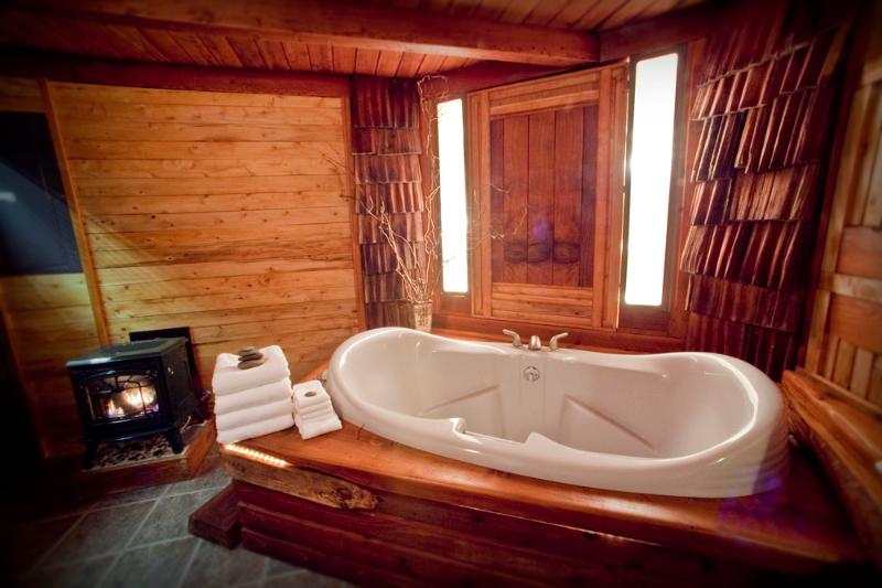 Two Person Soaking Tub in Spa Bathroom - Zen Beach House -- Sauna and Soaking Tub! - Yachats - rentals