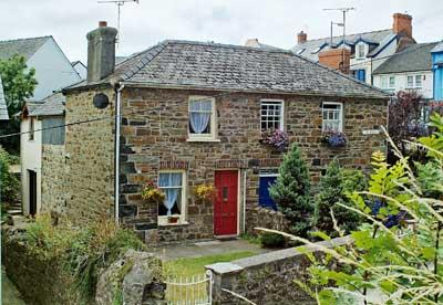 Kathryns Cottage - Image 1 - Fishguard - rentals