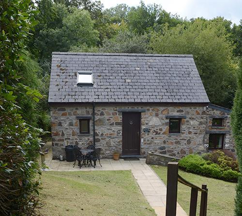 Holiday Cottage - Keepers Nook, Dinas - Image 1 - Dinas Cross - rentals