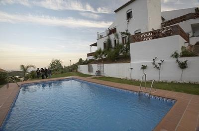 The house and the suimmingpool - Superb Villa for 8-16 people .Sea . Pool. Internet. - Frigiliana - rentals