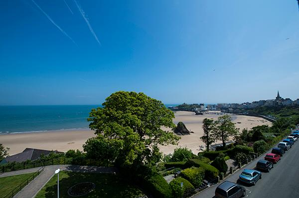 Holiday Apartment - Caldey Suite, Harbour Heights, Tenby - Image 1 - Tenby - rentals