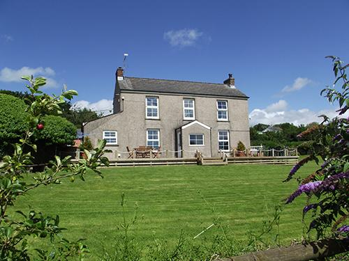 Pet Friendly Holiday Cottage - Reynalton House, Reynalton - Image 1 - Pembrokeshire - rentals