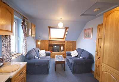 Holiday Home - Stargazers, Bosherston - Image 1 - Pembrokeshire - rentals