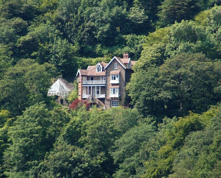 The Lynhurst from the front showing adjoining conservatory - THE LYNHURST - Devon - rentals