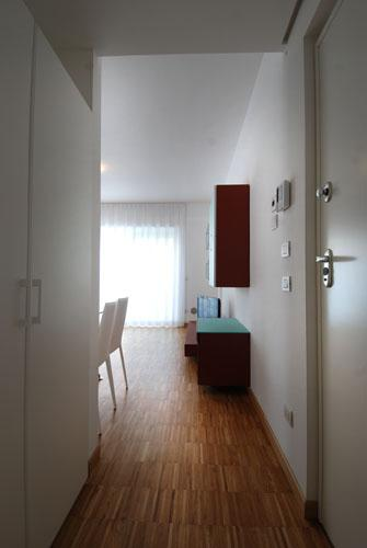 Bright studio in beautiful area with a large balcony - Image 1 - Milan - rentals
