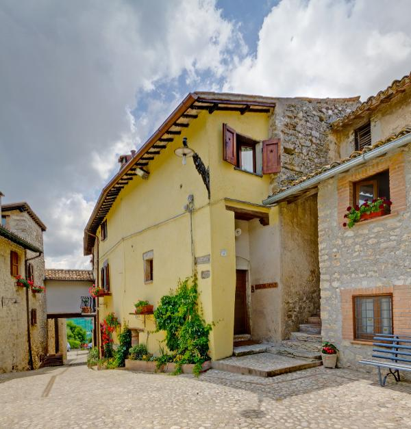 Vista - Umbria Accommodation for Large Group Near Spoleto - Il Villaggio Umbro - Spoleto - rentals