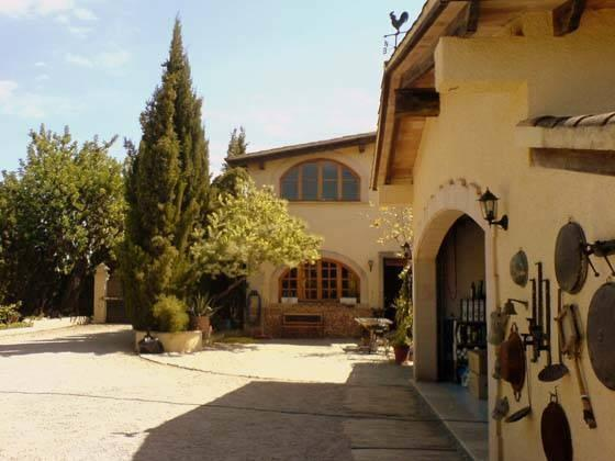 The Property has 2 buildings. - FINCA-CHALET for 20 pers. near Palma with big pool - Palma de Mallorca - rentals