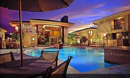 Community pool view @ night - Gorgeous North Scottsdale Upscale Vacation Condo - Phoenix - rentals