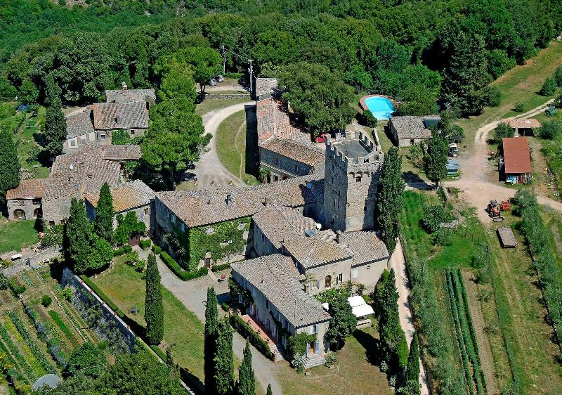 Overview of the Castello di Spannocchia - Vacation Farmhouse with 3 Bedrooms in Siena - Siena - rentals