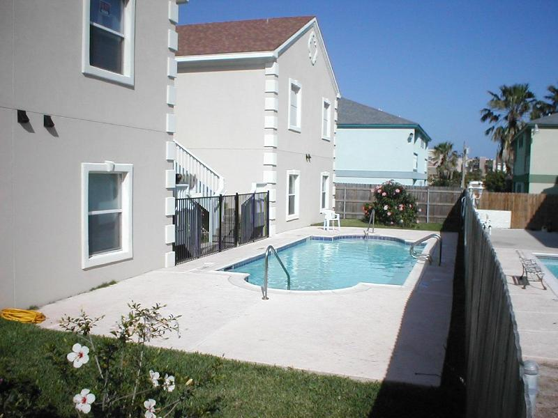 Mar y Sol condominiums - Mar y Sol-Luxurious Mid-Island-2 minute walk beach - South Padre Island - rentals
