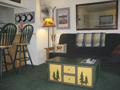 Queen Futon in Living Area - Cozy Mammoth Studio Condo-Sleeps 1-4 - Mammoth Lakes - rentals