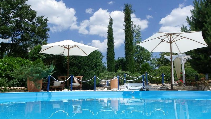 Private pools - 120 years old Istrian house with private pools - Buzet - rentals