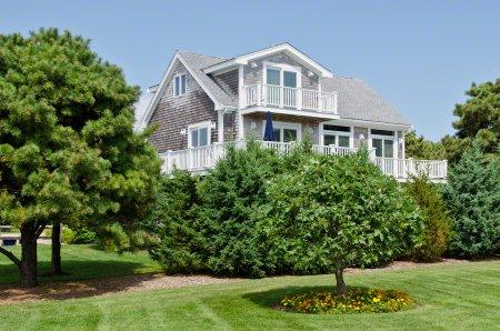 TRUE BLUE WITH OCEAN VIEW - KAT JKUT-06 - Image 1 - Edgartown - rentals