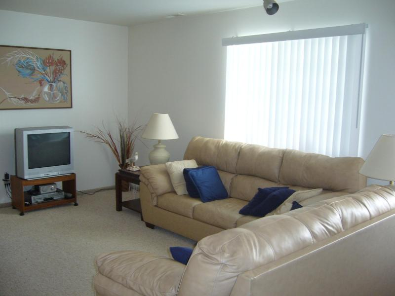 Living Room - North Wildwood NJ Beach Condo - North Wildwood - rentals