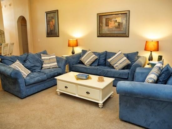 Nicely Equipped 4 Bedroom 3 Bathroom Home in Gated Community. 315C - Image 1 - Orlando - rentals