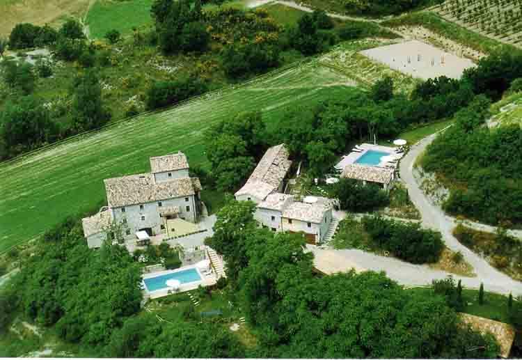 Casa Vialba Estate - Casa Vialba - Lavender House - Sleeps 8-10 - Montone - rentals