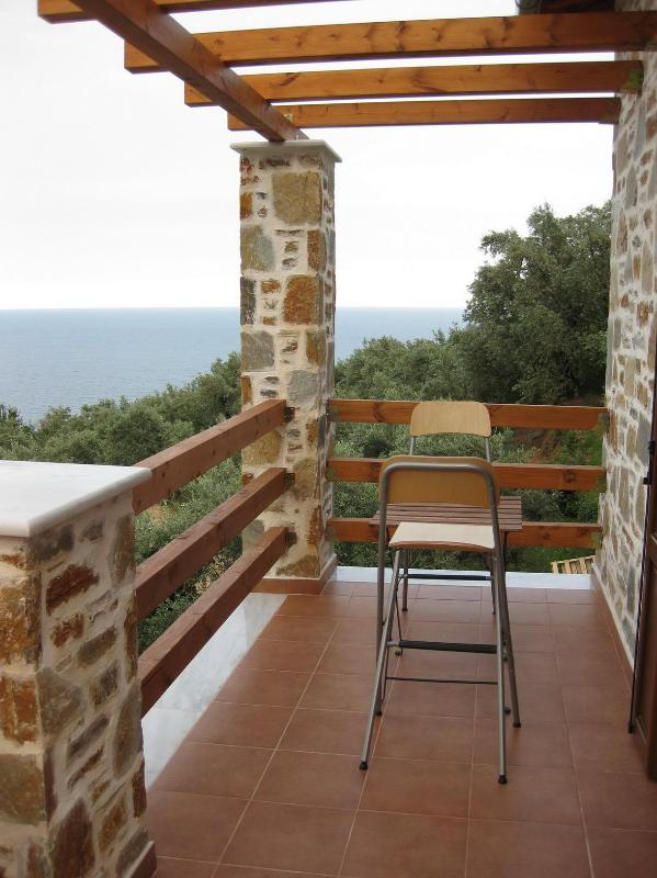 BALCONY - HOUSE FOR RENT / STUDIO -APARTMENT FOR VACATION - Horefto - rentals