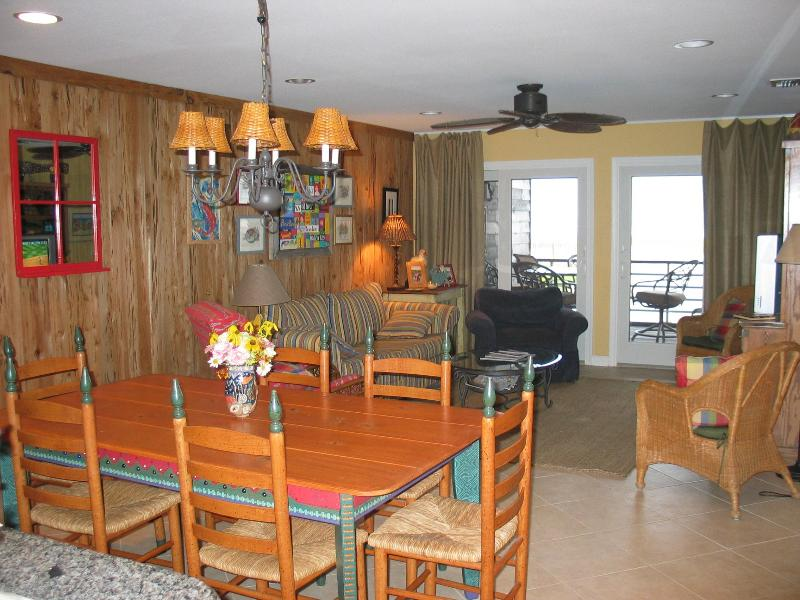 Dining / Living Area - Needle Rush Point Unit C15 - Perdido Key - rentals