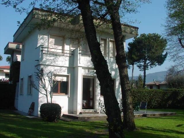 Villa Capannina vacation holiday villa rental italy, tuscany, forte dei marni - Image 1 - Forte Dei Marmi - rentals