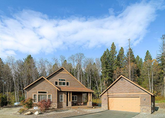 Welcome to Roslyn Hideaway. Book 3 Nights Get 4th Night Free!  - 3rd Night FREE- Luxury Cabin Near Suncadia, Game Room, Hot Tub, Slps10 - Cle Elum - rentals