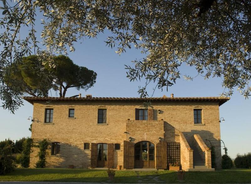 Villa Bellavista main house - Villa BellaVista - Luxury, views and private pool - Cortona - rentals