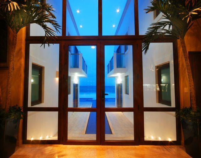 6/7 Oceanfront Villa - NEW YEARS WEEK DISCOUNTED - Image 1 - Puerto Aventuras - rentals