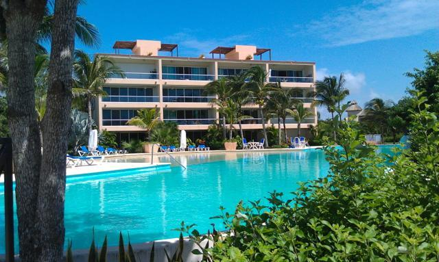 Secret Waters, Luxurious Living - 2/3 Waterfront Immaculate Condo Close To Beach - Puerto Aventuras - rentals