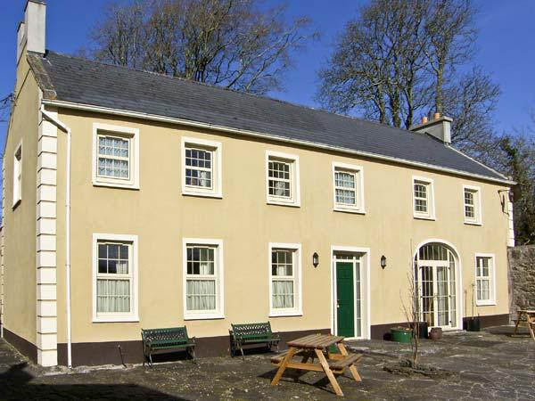 THE COACH HOUSE, pet friendly, country holiday cottage, with a garden in Corofin, County Clare, Ref 4609 - Image 1 - Corofin - rentals