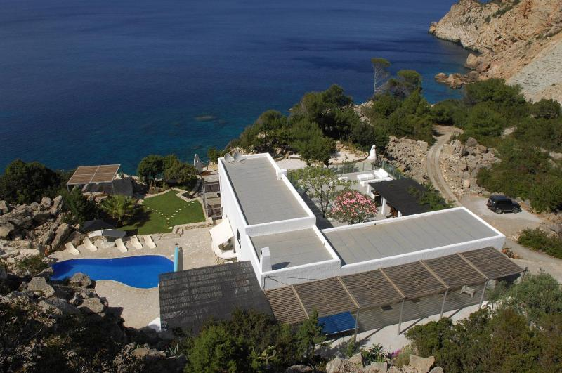 Seafront villa that sleeps up to 16 in Ibiza - Image 1 - Ibiza - rentals