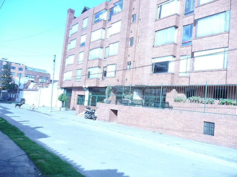 PRESIDENTIAL SUITE AT HALF PRICE #3 - Image 1 - Bogota - rentals