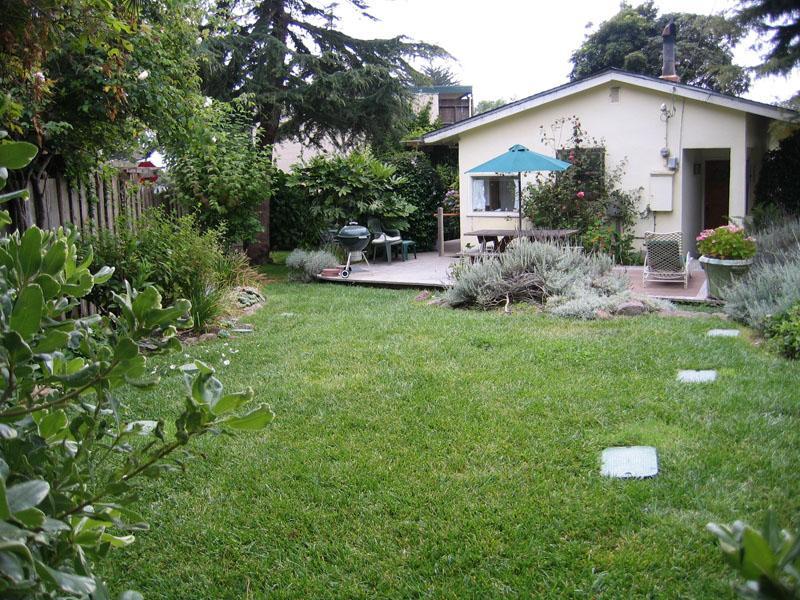 The House From Garden Area - Cozy Gardens - Stinson Beach - rentals