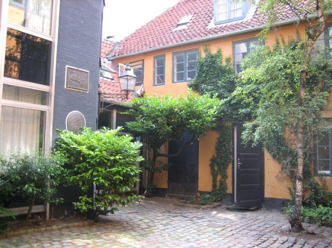 Koebmagergade A Apartment - Nice Copenhagen apartment located in the city centre - Copenhagen - rentals
