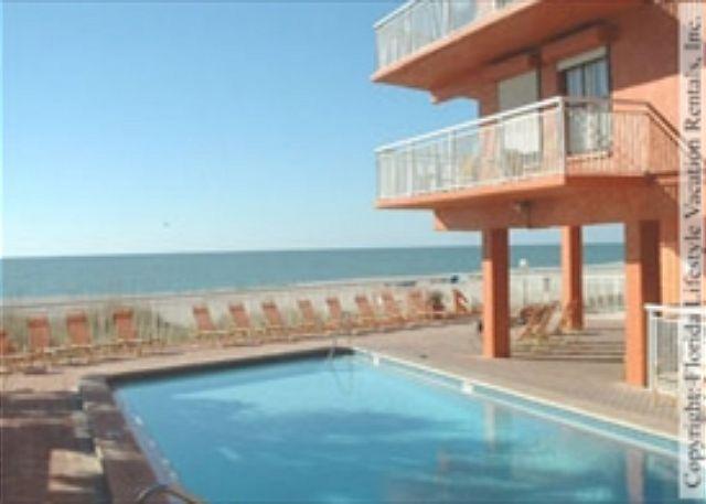 Chateaux Condominium 209 - Image 1 - Indian Shores - rentals