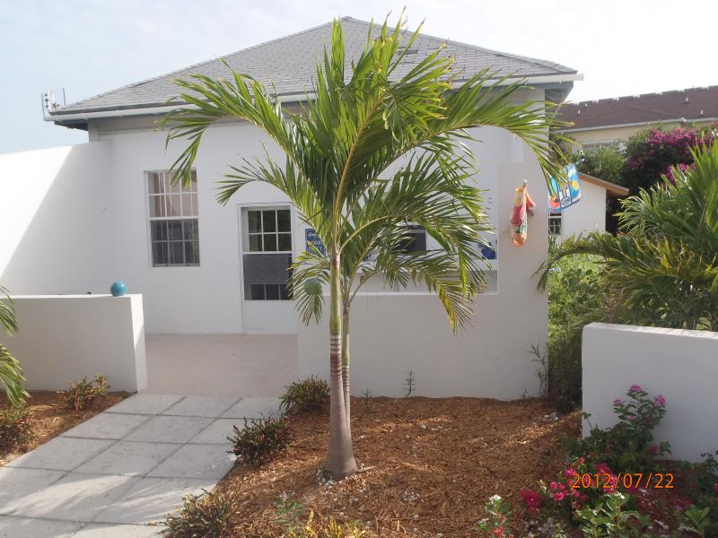 Front view of Cottage - Best Deal - Providenciales - rentals