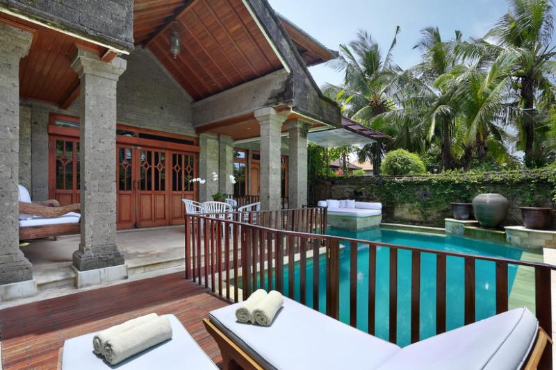 Villa Castilla - Unbeatable location, sleeps 9+ - Image 1 - Seminyak - rentals