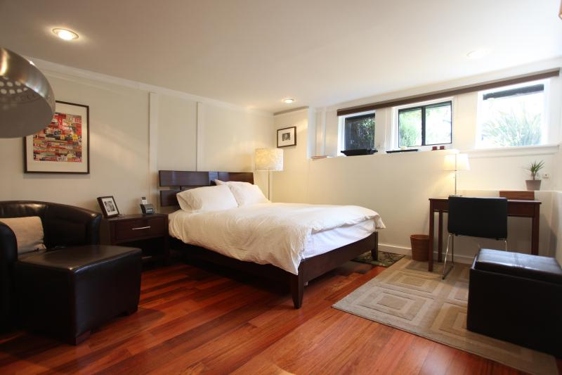 Bedroom with reading chair and desk - Remodeled Gem in the Heart of the Castro - San Francisco - rentals