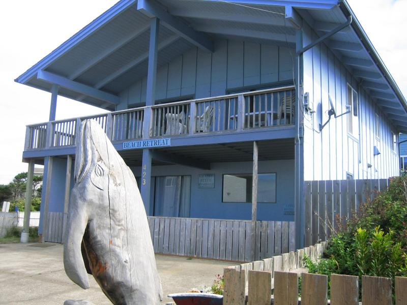 Beach Retreat - Ocean-view 2 Bedroom 1 Bath Beach Retreat -Upper - Newport - rentals