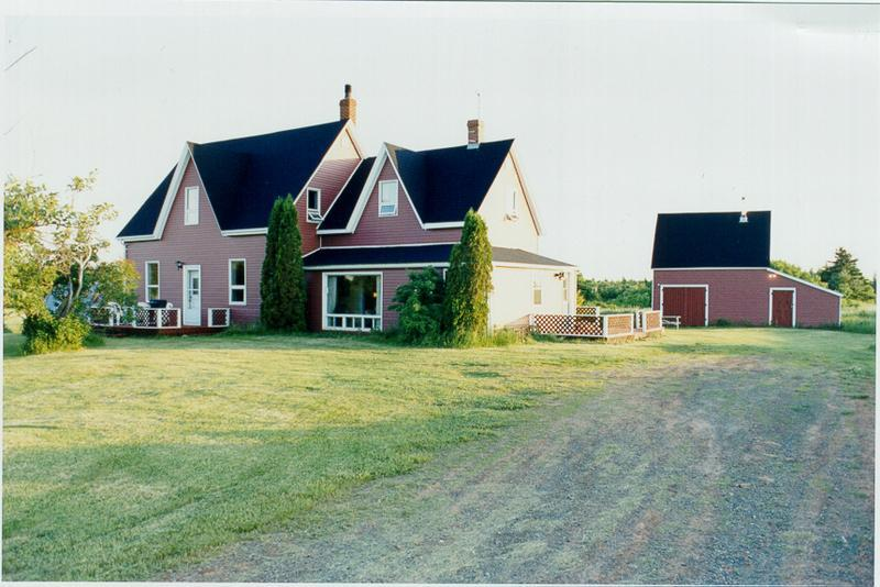 Gorgeous Blooming Point House very secluded - Weekly Cottage Rental near sand dune beach in PEI - Brackley Beach - rentals