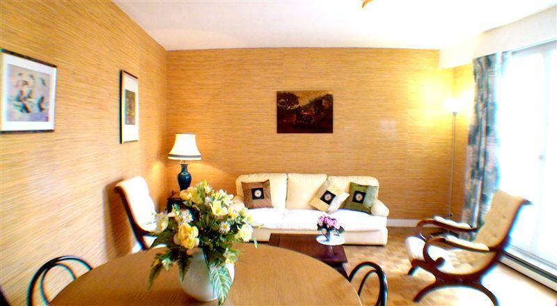 Living room - Spacious 1 bedroom apartment in Versailles center - Versailles - rentals