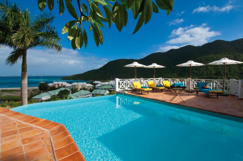 Casa Branca - Ideal for Couples and Families, Beautiful Pool and Beach - Image 1 - Anse Marcel - rentals