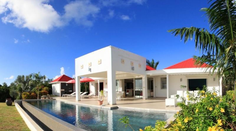 Villa Coral, Terres Basses, St Martin 800 480 8555 - CORAL... beautiful sunset views over the Caribbean Sea - Terres Basses - rentals