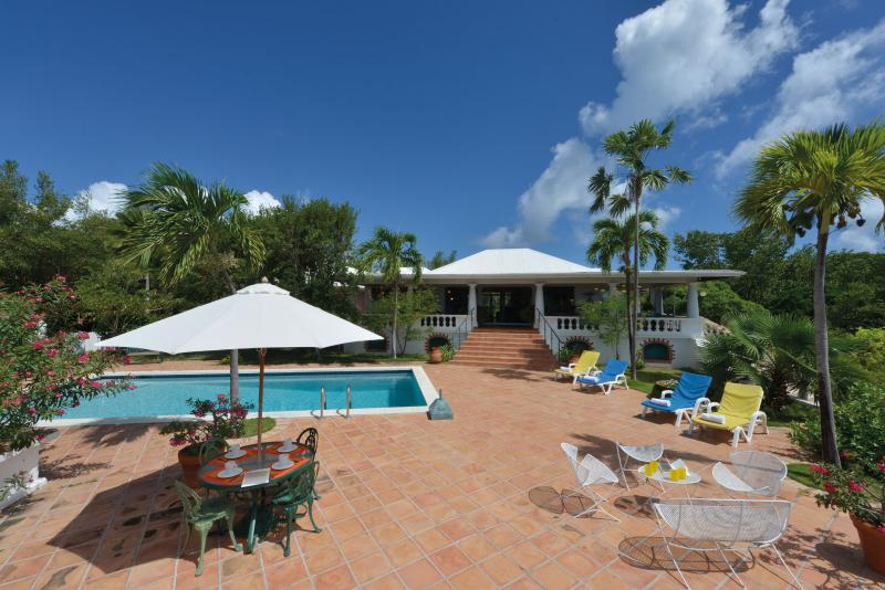 Magnificent spacious villa with 3 bedrooms - Image 1 - Cupecoy - rentals