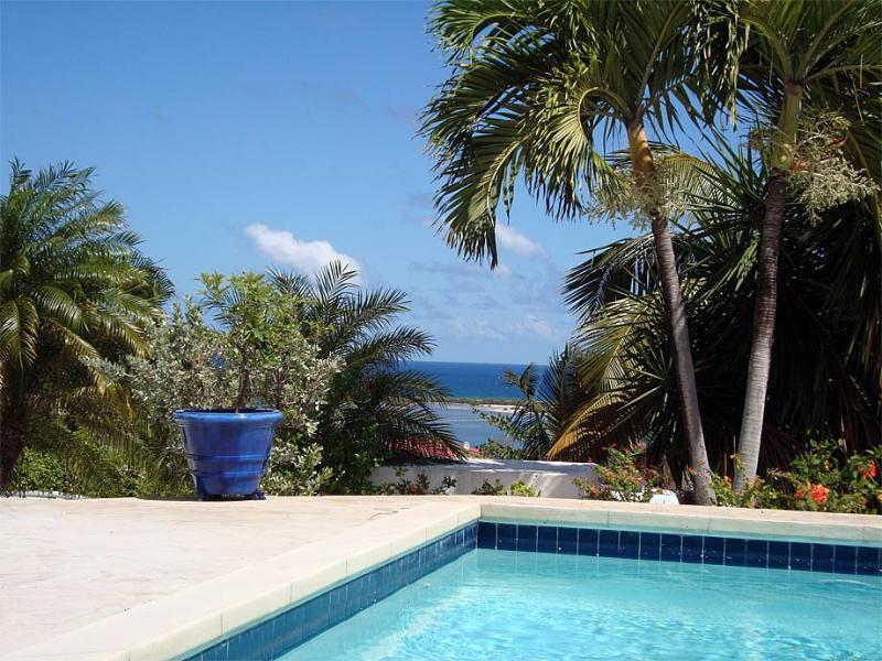 Bonita, Orient Bay, St Martin - BONITA...  lovely, affordable villa overlooking Orient Bay - Orient Bay - rentals