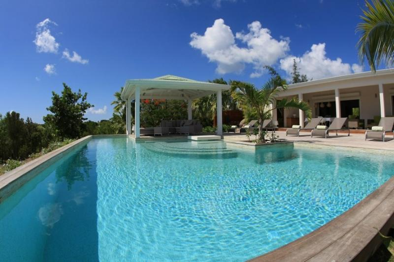 Kiwi... Terres Basses, St Martin 800 480 8555 - KIWI...lovely pool, total privacy, luxury at a great price! - Terres Basses - rentals