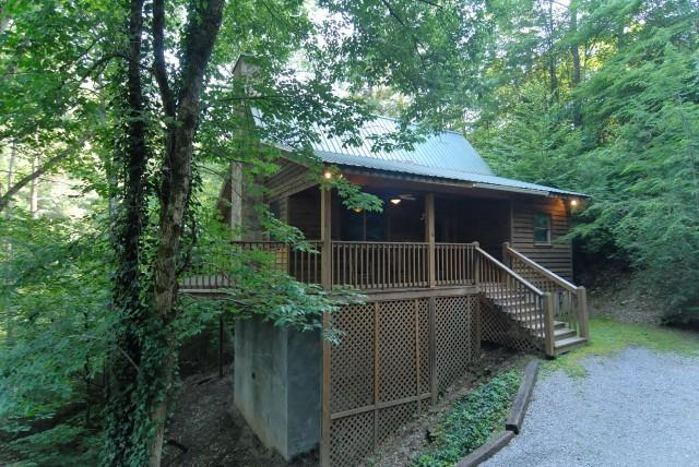 Cuddlers Paradise - Image 1 - Sevierville - rentals