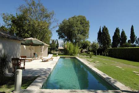 Family-Friendly Historic Farmhouse Mazet de Roussan with Private Pool, BBQ & Garden - Image 1 - Saint-Remy-de-Provence - rentals