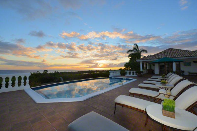 Mer Soleil... Terres Basses, St Martin 800 480 8555 - MER SOLEIL...  enjoy beautiful sunset views of the Caribbean , La Samanna Hotel and Baie Long Beach - Terres Basses - rentals